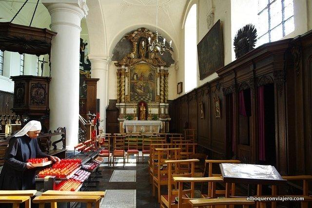 Beguinaje Ten Wijngaerde en Brujas, Bélgica