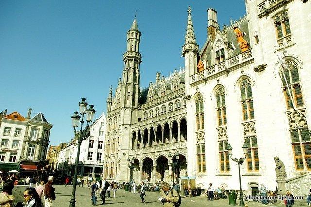Plaza de Brujas en Bélgica