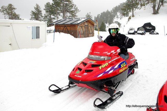 Motos de nieve en Vallnord Andorra