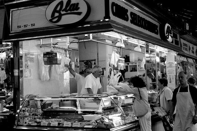 Lugares con encanto en barcelona la boqueria el mercat - Calle boqueria barcelona ...