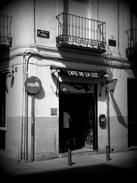 Cafe de la Luz, Madrid