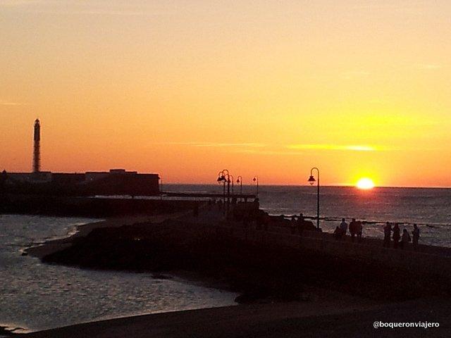 Resumen Viajero 2013 : Atardecer en Cadiz