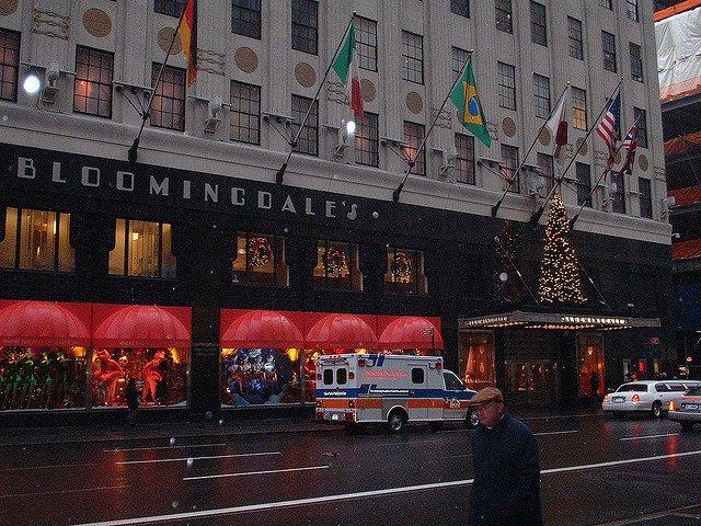 Christmas in New York, Blomingeels by mikebarry