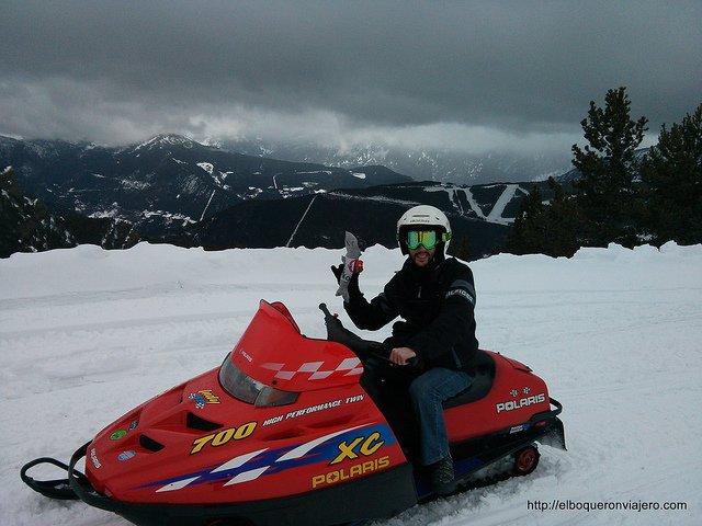Resumen viajero 2013 : Motos de nieve en Andorra
