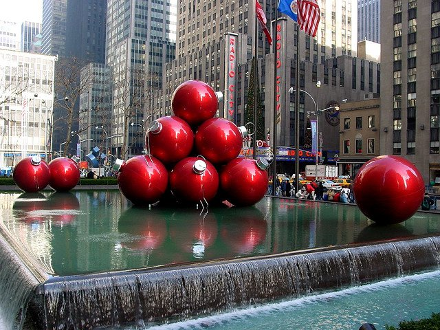 Christmas in New York, by Guenther Lutz