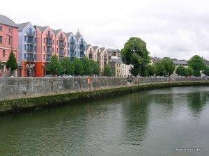 Río Lee en Cork, Irlanda
