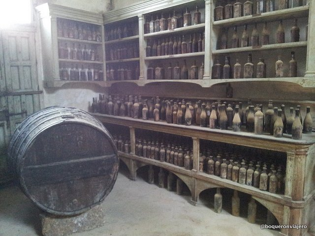Old instruments and bottles in the Tio Pepe Bodegas