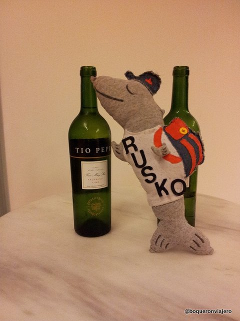 Rusko y su botella de Tío Pepe