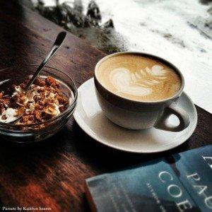 Café de Bom Café, Somerville MA