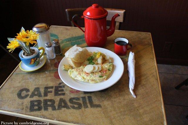 Mesa de Bom Café, Somerville MA