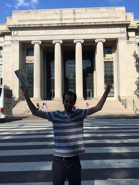 Pedro en el MIT, Cambridge MA