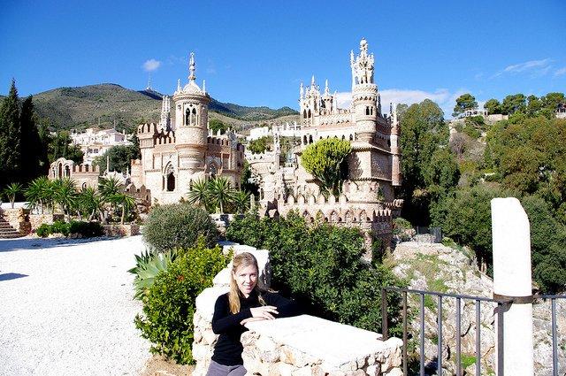 Abby en el Castillo de Colomares, Benalmádena, Málaga