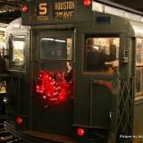 Trenes y Autobuses de la Nostalgia, viajando por NY en un metro de los años 30