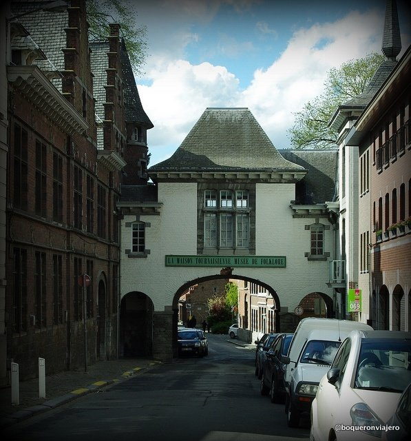 The Folklore Museum of Tournai, Entrance