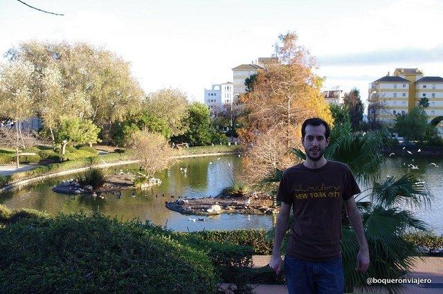 Pedro en el Parque de la Paloma, Benalmádena