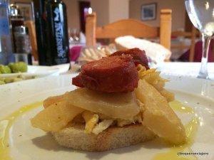 Chorizo con patatas en Hotel El Almendral