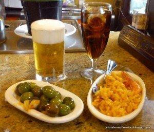 Tapas in El Anciano Rey de los Vinos, Madrid