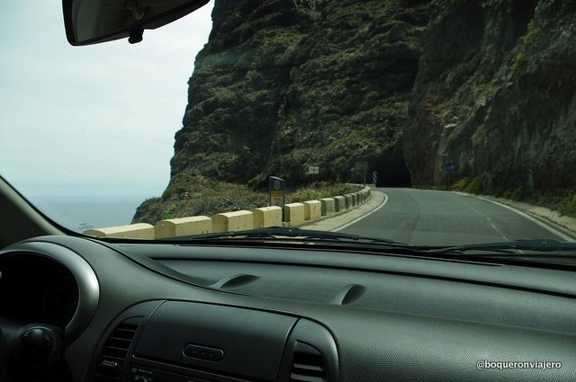 Conduciendo por las Carreteras de Tenerife
