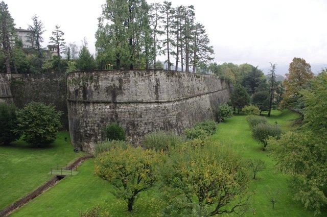 Vistas de la muralla de Bérgamo