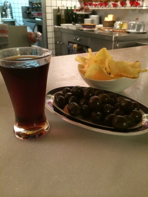 Did you know that vermouth is fortified wine? We learned that with Devour Madrid.