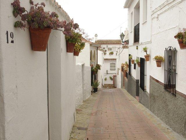 Otra vista de Calle Alta en Carratraca, Málaga