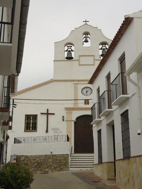 La iglesia del pueblo en Carratraca, Málaga