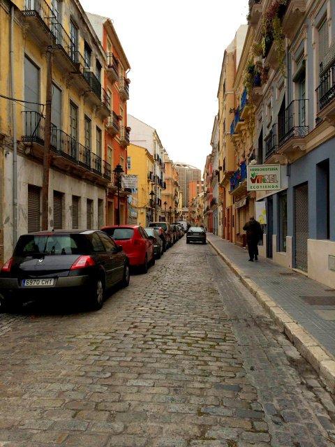 La Calle Ancha del Carmen en El Perchel, Málaga