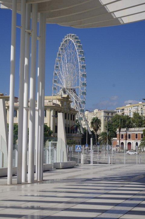 Subir a la Noria de Málaga, ideal en San Valentín