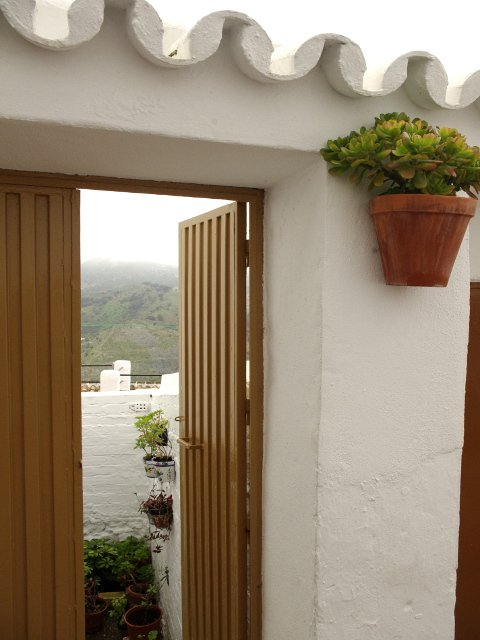 A patio with views of the mountains in Carratraca, Málaga