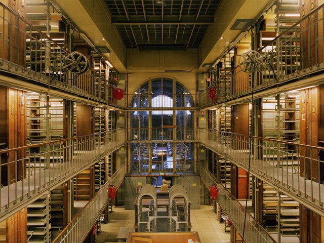 Fotografías de Candida Höfer de la Biblioteca Nacional de París