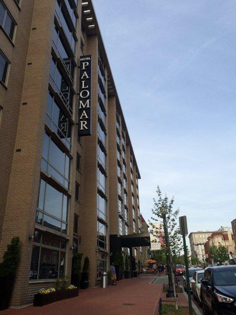 Exterior del Hotel Palomar en Washington DC