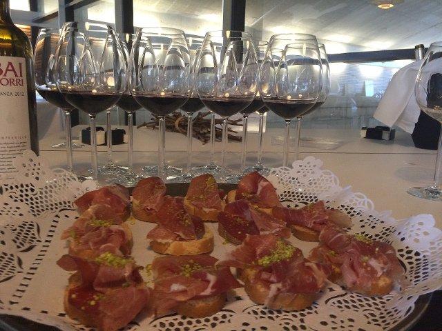 Trying wines at Bodegas Baigorri on the Enobus
