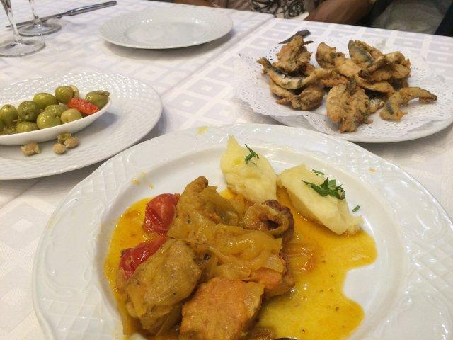 Raciones de Málaga en Devour Málaga Food Tours