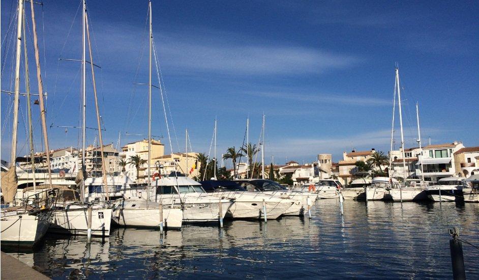 Pierre et Vacances Empuriabrava Marina, un hogar en la Venecia mediterránea