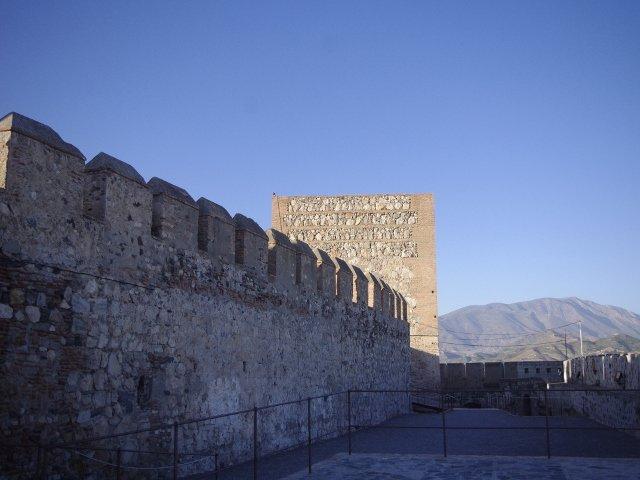 La muralla del castillo en Salobreña