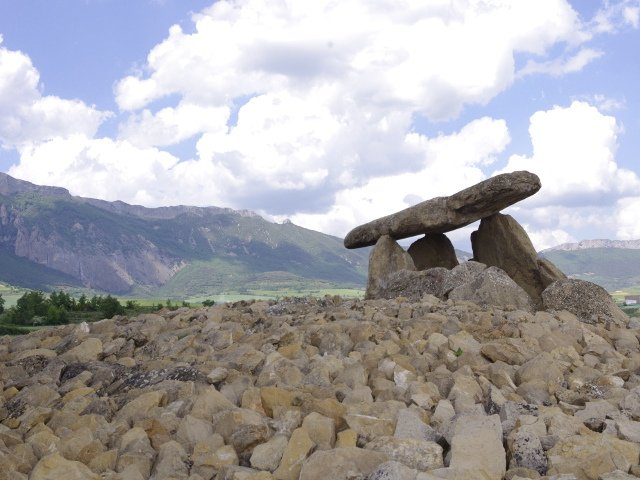 The Dolmens of La Hechiza with Thabuca Wine Tours