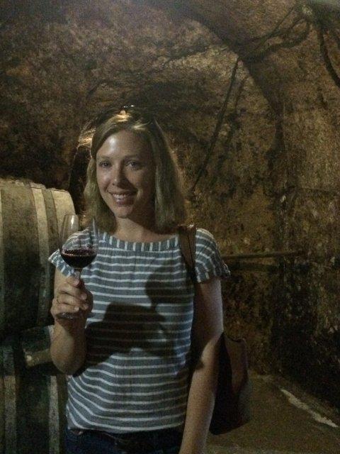 Probando vinos en Laguardia con Thabuca Wine Tours
