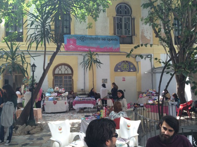 El Mercadillo de la Casa invisible, parte de la Málaga Hipster