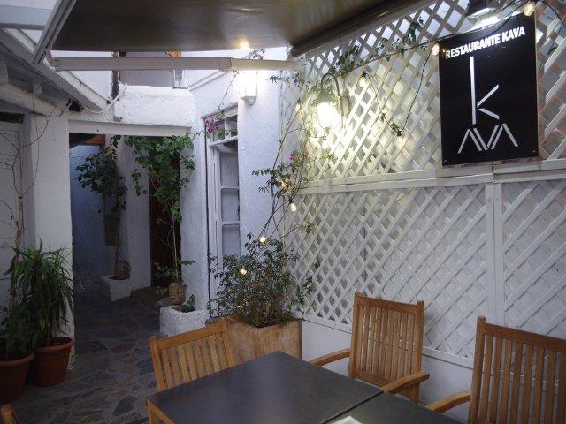 Entrada del Restaurante Kava Marbella
