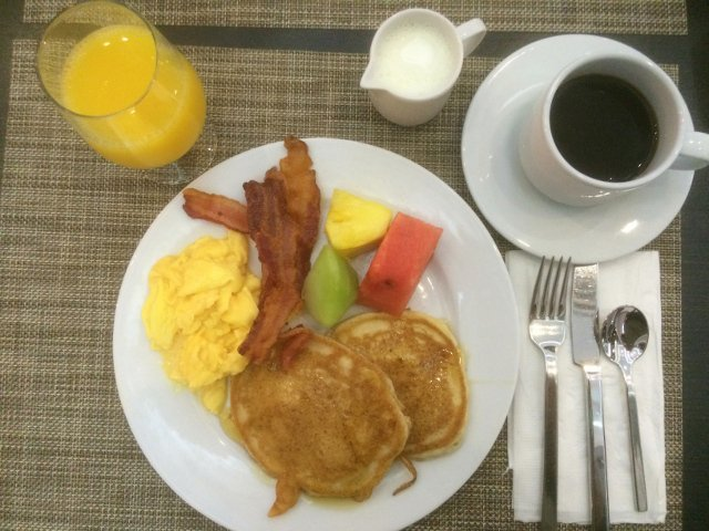Breakfast at the Riu Plaza New York