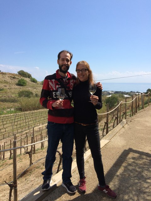 Catando vinos en el Catalan Countryside Day Trip con Devour Barcelona