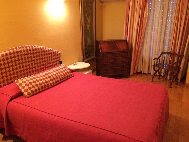 Segundo dormitorio en OK Aparatmentos Barcelona