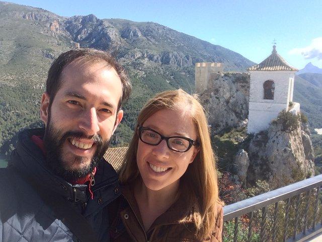 Pedro y Abby en Guadalest