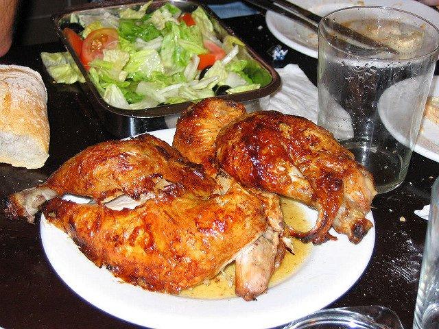 Casa Mingo es un sitio para quedar con los amigos a comer