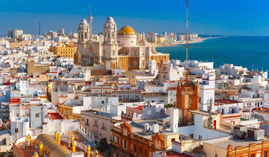 Dónde alojarse en Cadiz, preciosa ciudad con mar