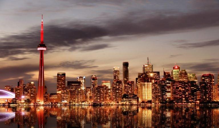 Qué ver en Toronto, entre otras cosas destaca el skyline