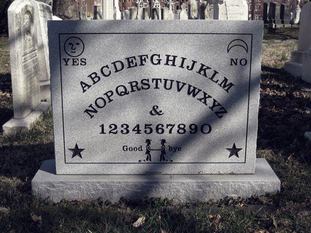 Tumba del creador de la ouija en Baltimore