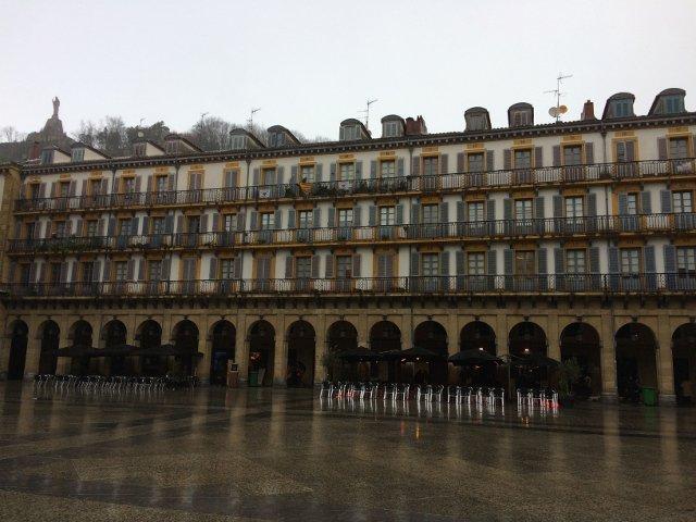 Plaza de la Constitución en San Sebastián