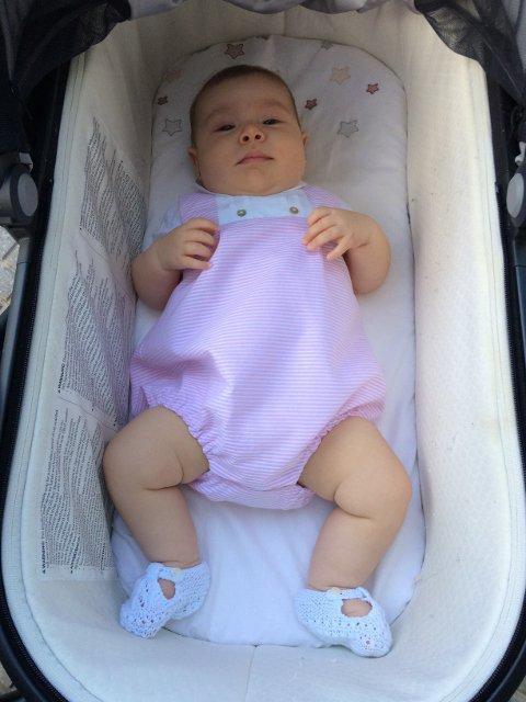 Un bebé pequeño es una razón para ir en coche al aeropuerto