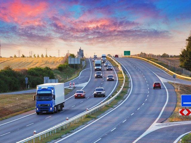 Vivir lejos del aeropuerto es una razón para ir en coche al aeropuerto